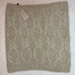 Ann Taylor NWT cable knit infinity scarf